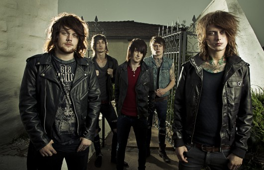 asking-alexandria-band-photo